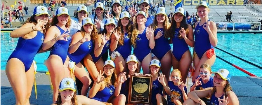 2019 Valley Champion Girls Water Polo Team